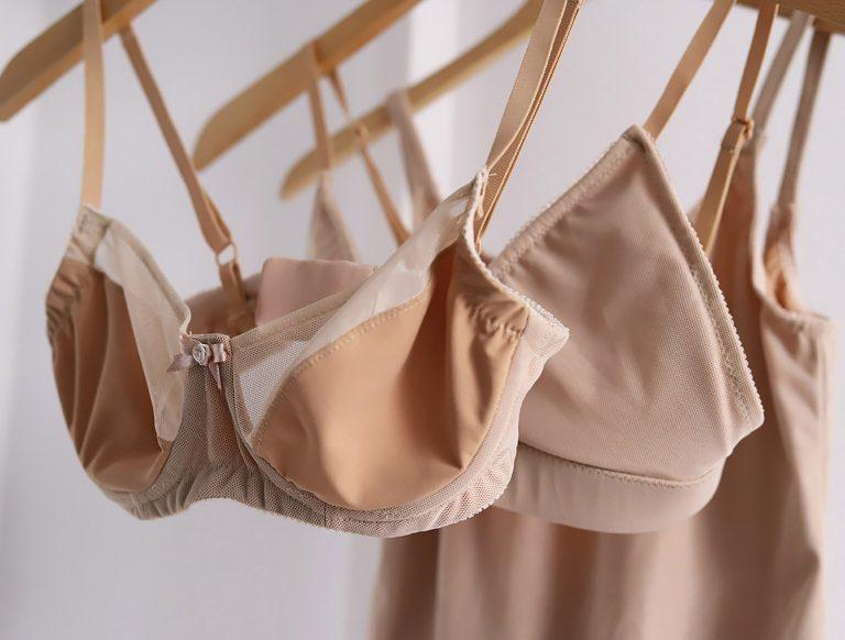 Eigenkreationen nude Unterwäsche